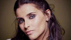 Nelly Furtado Smiling Cute Eyes Face Closeup