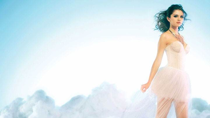 Selena Gomez In White Dress Looking Sweet Photoshoot