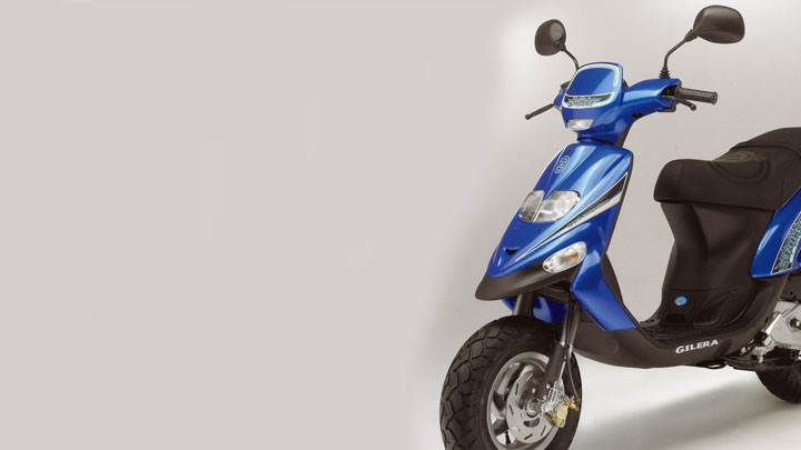 Sid eFront Pose of Gilera Stalker 2005 in Blue