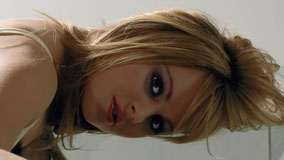 Tina O'brien Red Lips And Cute Eyes Face Closeup