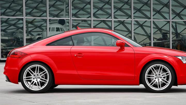 Audi TT Coupe TFSI In Red Side Pose Wallpaper - 2006 audi tt