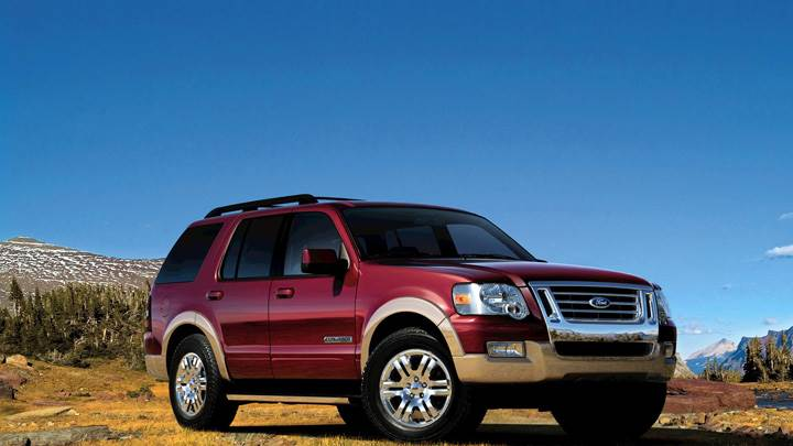 2008 Ford Explorer In Red Near Mountains