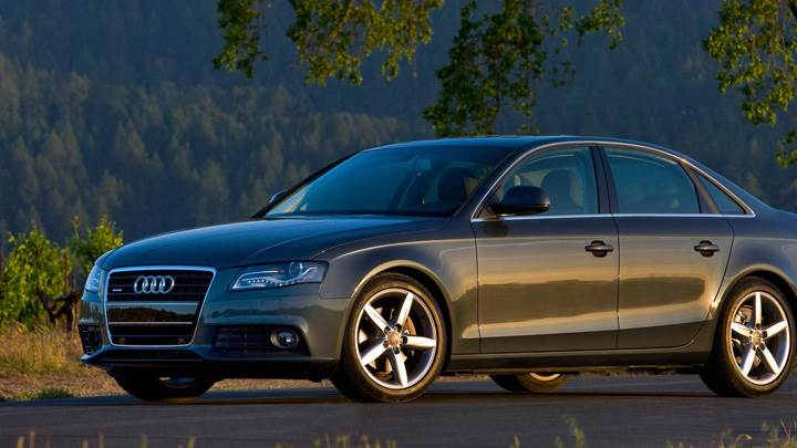 2009 Audi A4 Luxury Sport Sedan Side Pose In Dark Grey