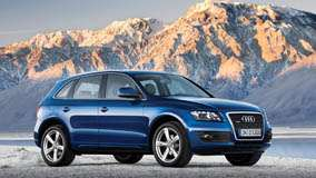 2009 Audi Q5 In Blue Near Moutains