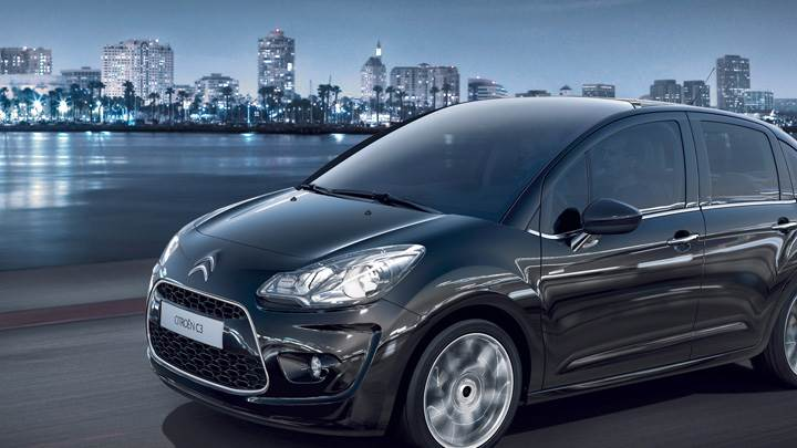 2009 Citroen C3 Running In Black Side Pose