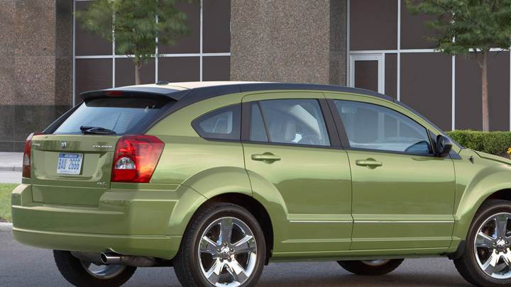 2010 Dodge Caliber RT Back Side Pose In Green