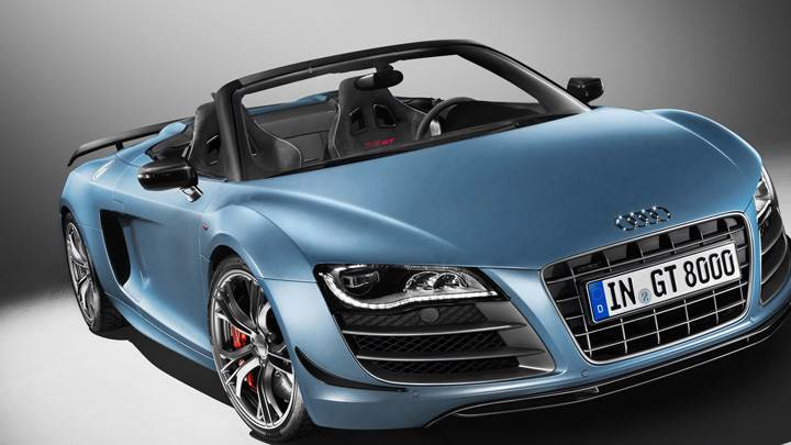 2011 Audi R8 GT Spyder Side Front Pose in Blue