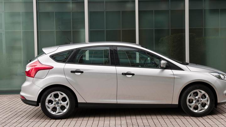 2011 Ford Focus Studio Side Pose In Silver