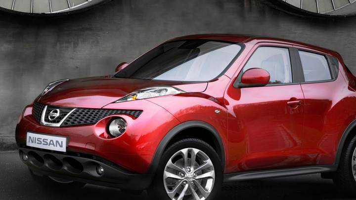 2011 Nissan Juke Side Pose In Red