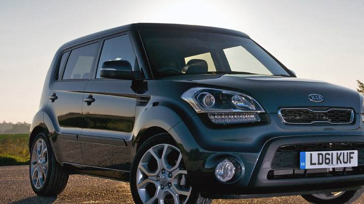 2012 Kia Soul UK Front Pose In Grey