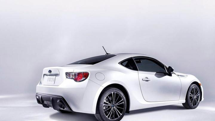 2012 Subaru BRZ Side Back Pose In White