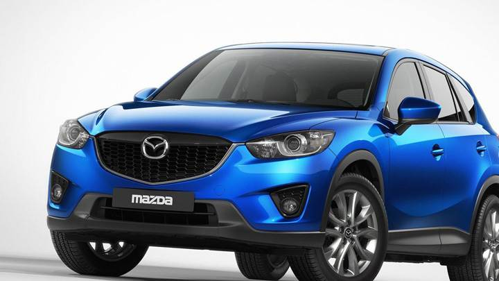 2013 Mazda CX-5 Front Pose in Blue