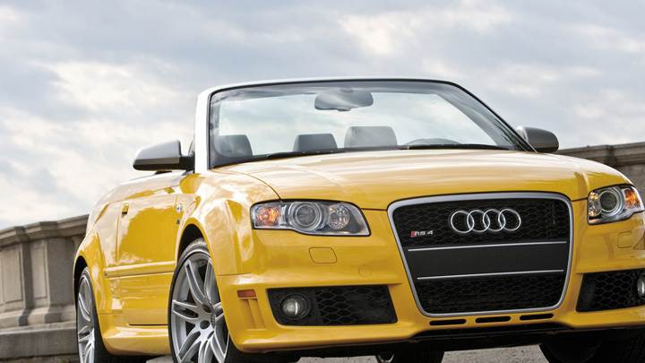 Audi RS4 Cabriolet Front Pose In Yellow