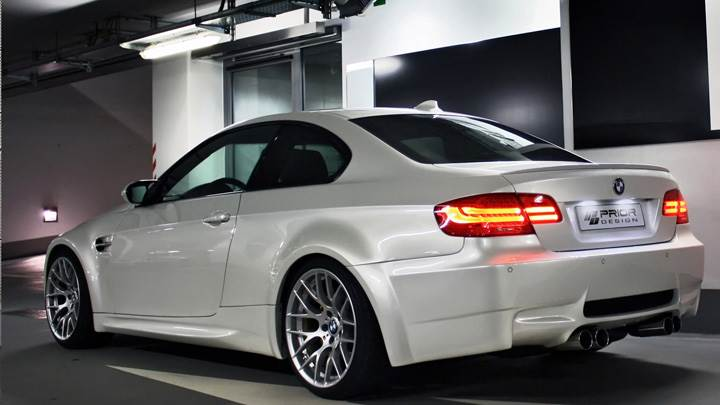 Back Light On BMW E92 N E93 M3-Style Wide Body Kit Prior Design