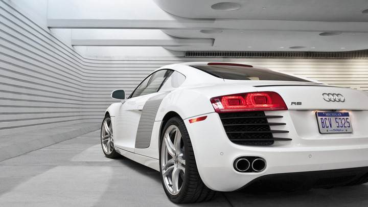 Back Pose Of Audi R8 In White In Garage