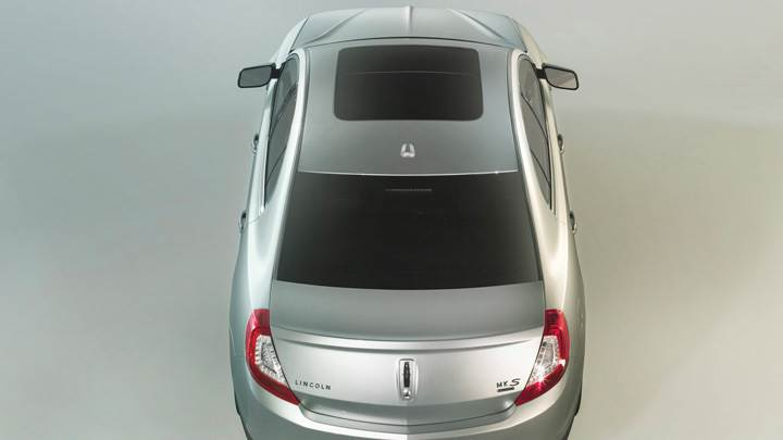 Back Top Pose 2013 Lincoln MKS In Silver