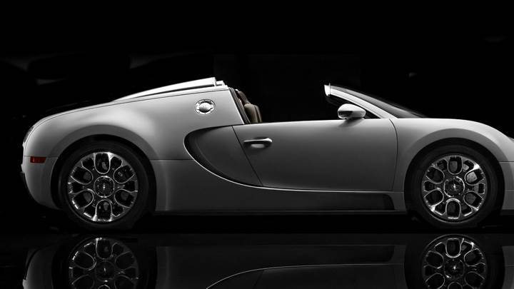 Bugatti Veyron 16.4 Grand Sport Side Pose In White N Black Background
