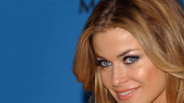 Carmen Electra Smiling Sweet Face Closeup