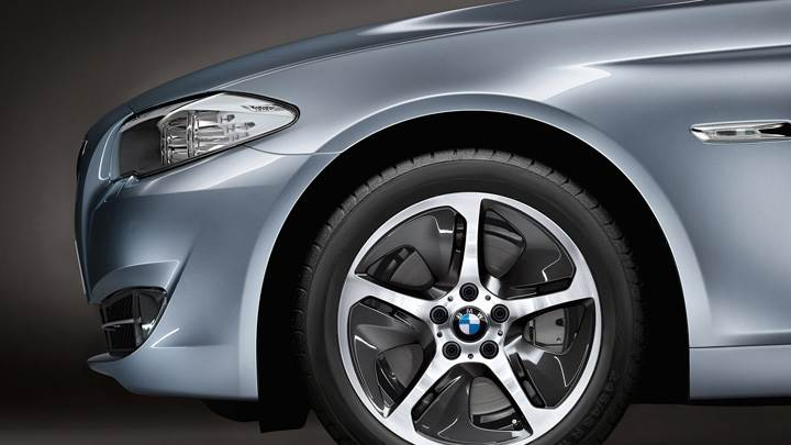 Closeup Of Tyre 2012 BMW ActiveHybrid 5