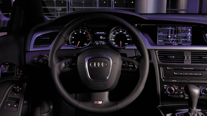 Dashboard Of 2008 Audi A5