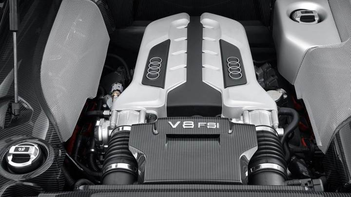 Engine Closeup Of 2006 Audi R8
