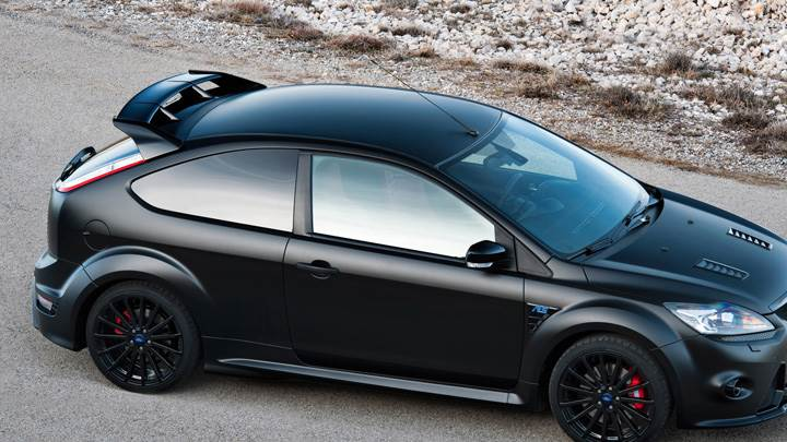 Ford Focus RS500 In Black Side Pose