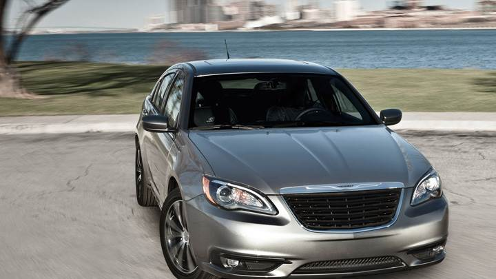 Front Pose Of 2011 Chrysler 200 S Sedan In Grey