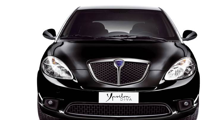Front Pose Of 2011 Lancia Ypsilon DIVA In Black