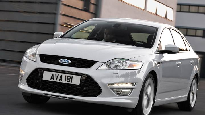 Front Pose Running 2011 Ford Mondeo In White