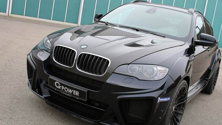 G-Power BMW X6 M Typhoon Wide Body Front Pose In Black