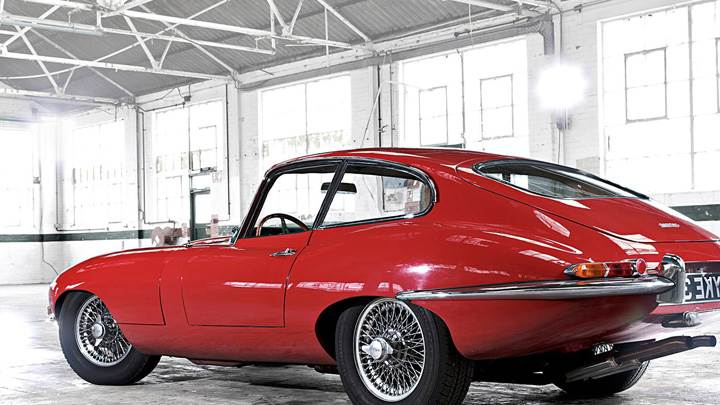 Jaguar E Type Coupe Side Back Pose In Red