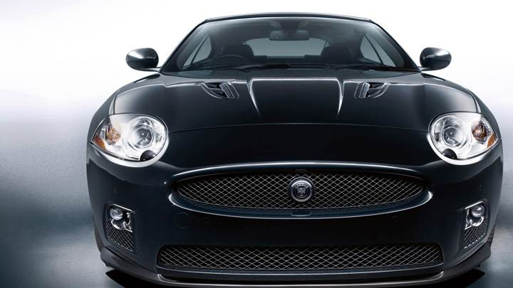 Jaguar XKR-S Front Pose In Black