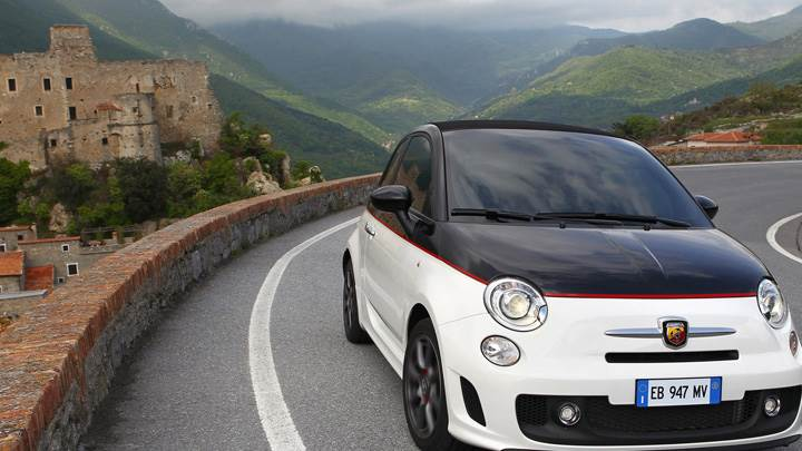 Running 2010 Abarth 500C In Black N White