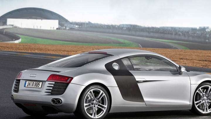 Side Back Pose Of 2006 Audi R8 In Silver