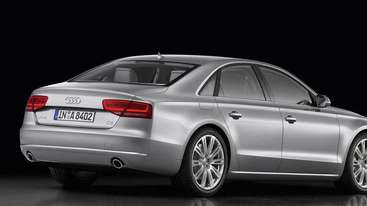 Side Back Pose Of 2011 Audi A8 In Silver Wallpaper