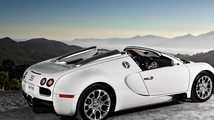Side Back Pose Of Bugatti Veyron 16.4 Grand Sport In White