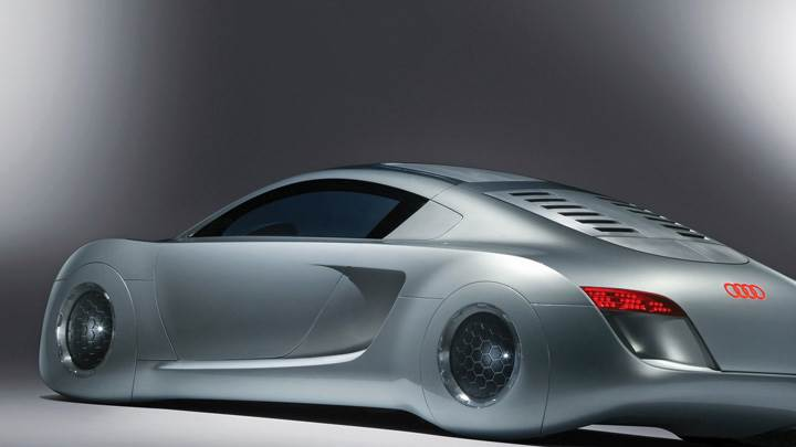 Side Back Pose of 2004 Audi RSQ Sport Coupe Concept In Silver