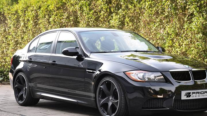 Side Front Pose Of Prior Design BMW 3-Series E90 PD-M In Black