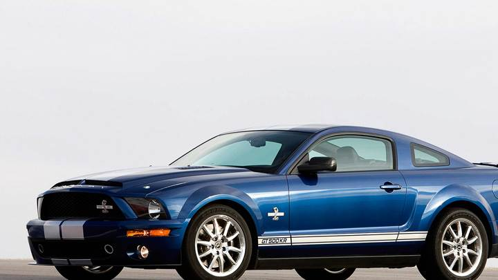 Side Pose Of 2008 Ford Shelby GT500KR In Blue On Race Course