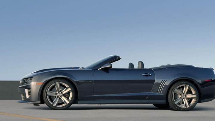 Side Pose Of 2013 Chevrolet Camaro ZL1 Convertible In Grey