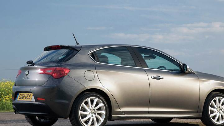 Side Pose Of Alfa Romeo Giulietta TCT In Silver
