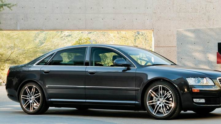 Side Pose Of Audi A8 L In Black