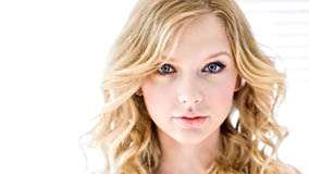 Taylor Swift Innocent Face Photoshoot N White Background