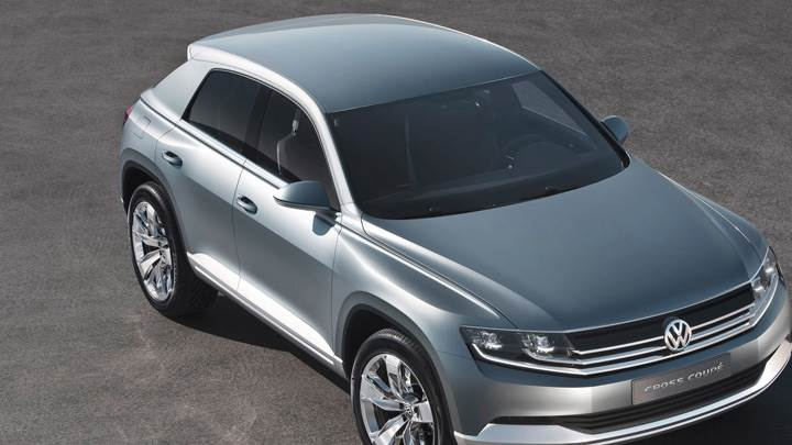 Top Pose Of Volkswagen Cross Coupe Concept In Grey