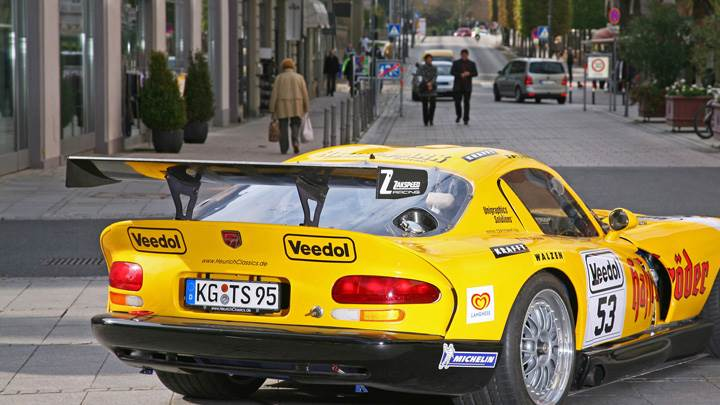 Zakspeed Dodge Viper Side Back Pose in Yellow