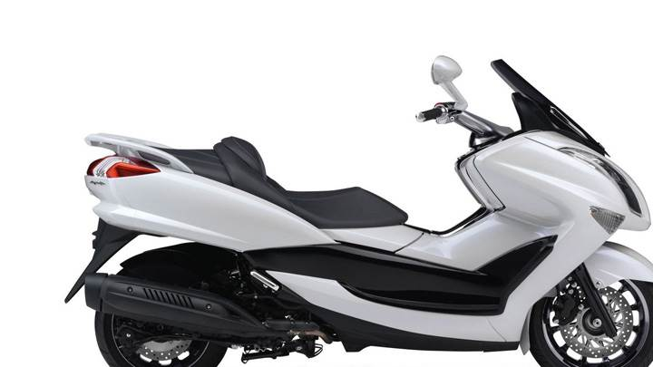 2011 Yamaha Majesty White Color