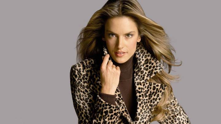 Alessandra Ambrosio Smiling In Coat N Grey Background