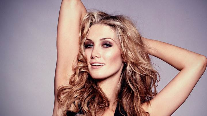Delta Goodrem Smiling Sweet Pose Photoshoot
