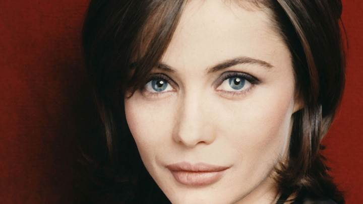 Emmanuelle Beart Looking Front Blue Eyes Face Closeup