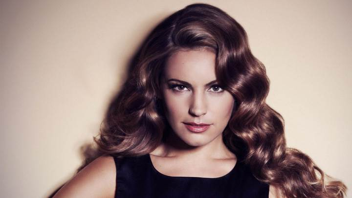 Kelly Brook Looking Front Red Lips In Black Dress Photoshoot
